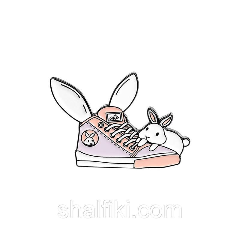 """""""Розовый кед с кроликом"""" значок (пин) металлический"""