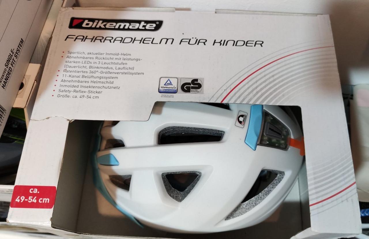 Шолом велосипедний  Bikemate (49-54 см) біло-блакитний Німеччина