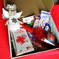 Новогодний подарочный набор с ангелом и сладостями. Оригинальный подарок на Новый год, Рождество.25*25*10 см.