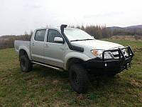 Силовой бампер на Toyota Hilux 2005-2011г