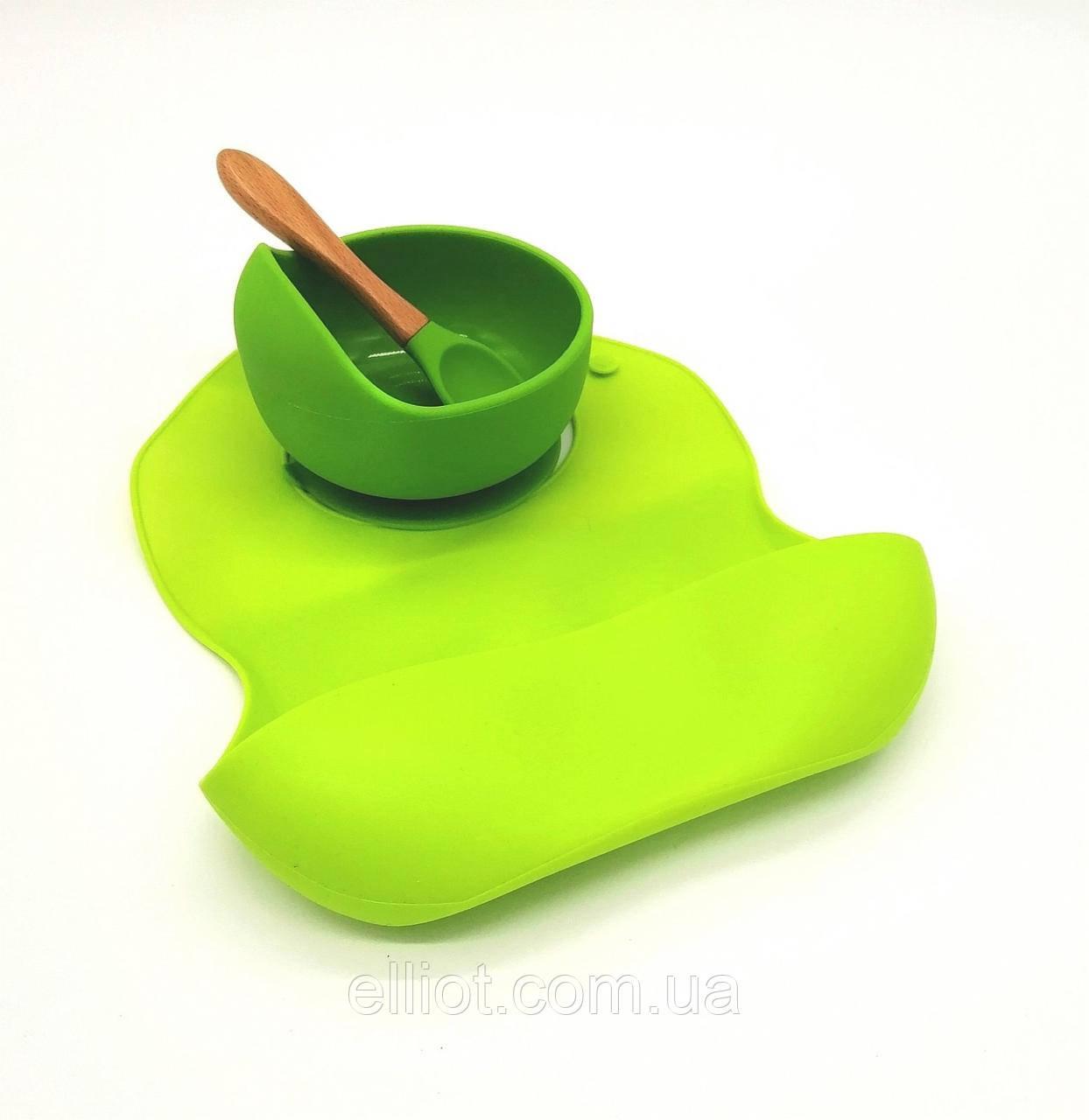 Набор Силиконовая тарелка с ложкой и слюнявчик