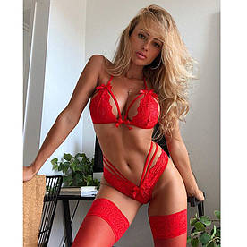 Красный сексуальный кружевной комплект белья (лиф+трусики)