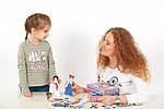 Настольная игра Игра на магнитах «Одень куклу. Евелина» 800125, фото 2