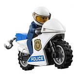 Конструктор LEGO City Воздушная полиция: авиабаза 529 деталей (60210), фото 6
