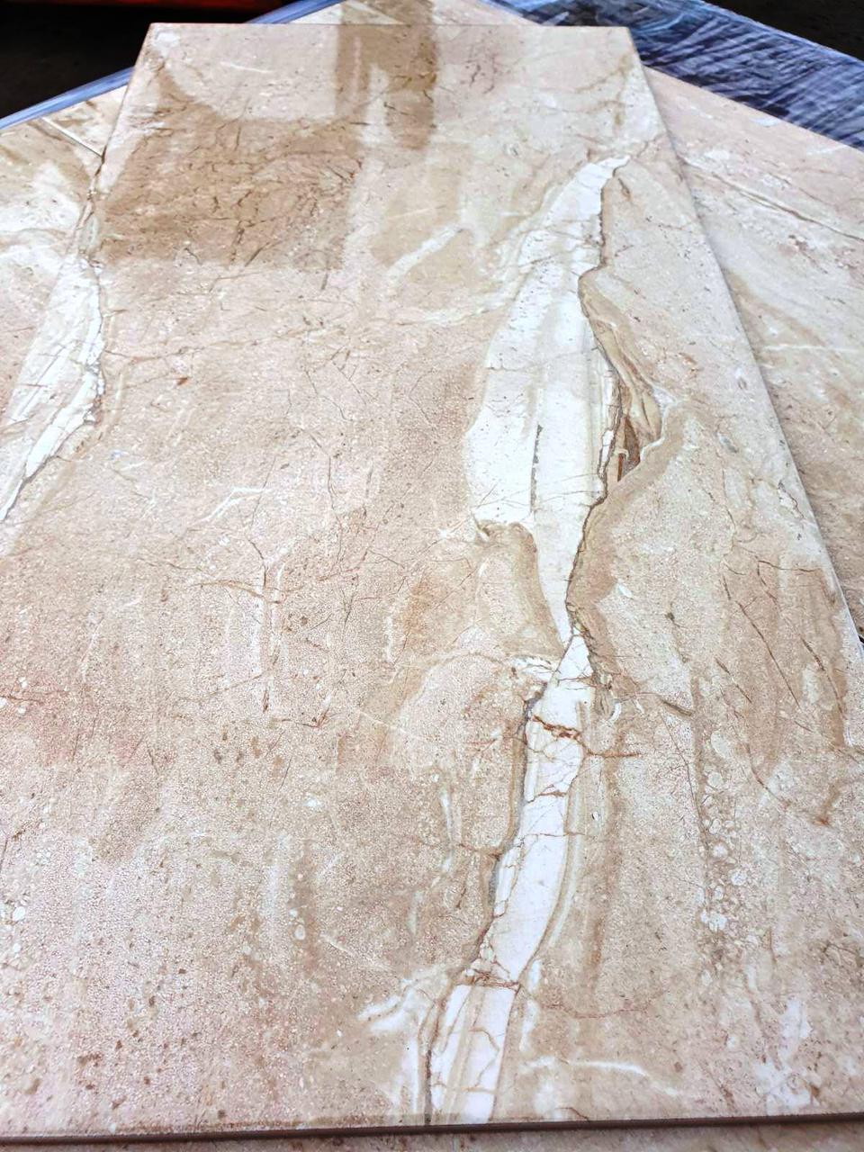 Доставка по Украине. Плитка под итальянский мрамор Petrarca 300х600 мм Кафель для стен под мрамор