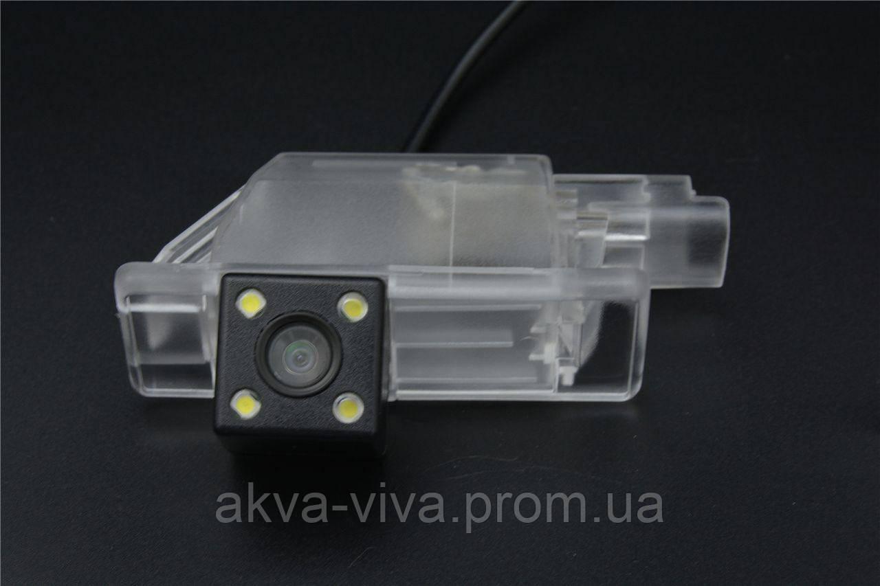 Камера заднего вида штатная для Peugeot 2008. (КЗШ-2305)