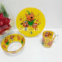 Подарунковий набір дитячого посуду зі скла Три Кота
