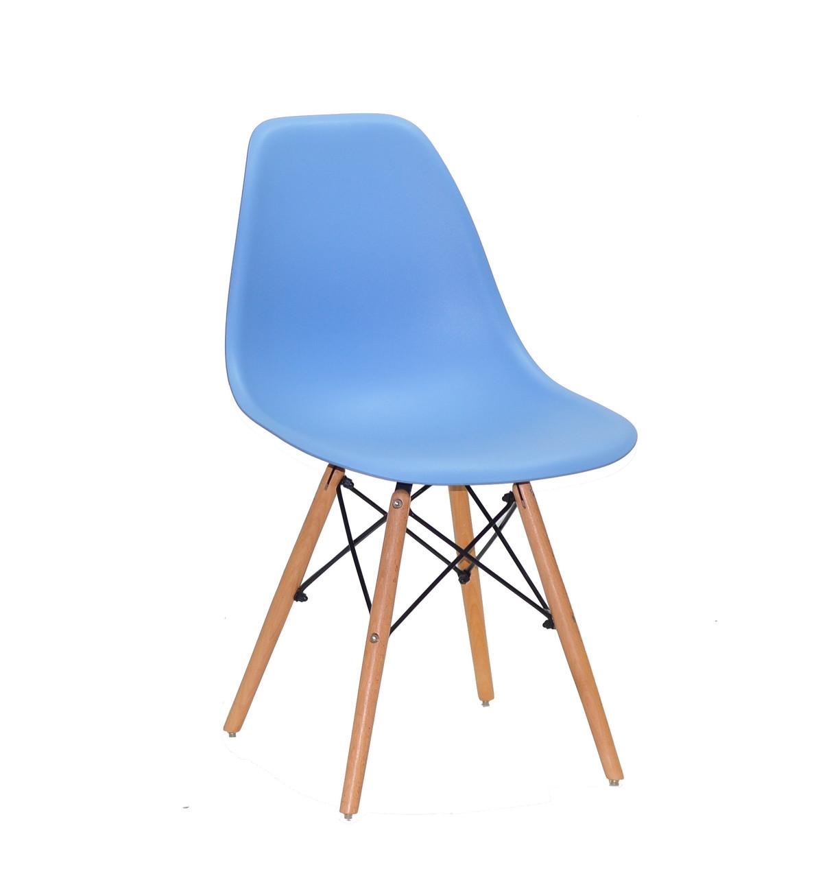 Пластиковый стул Nik - N (Ник Н) светло- синий 53 на деревянных ножках