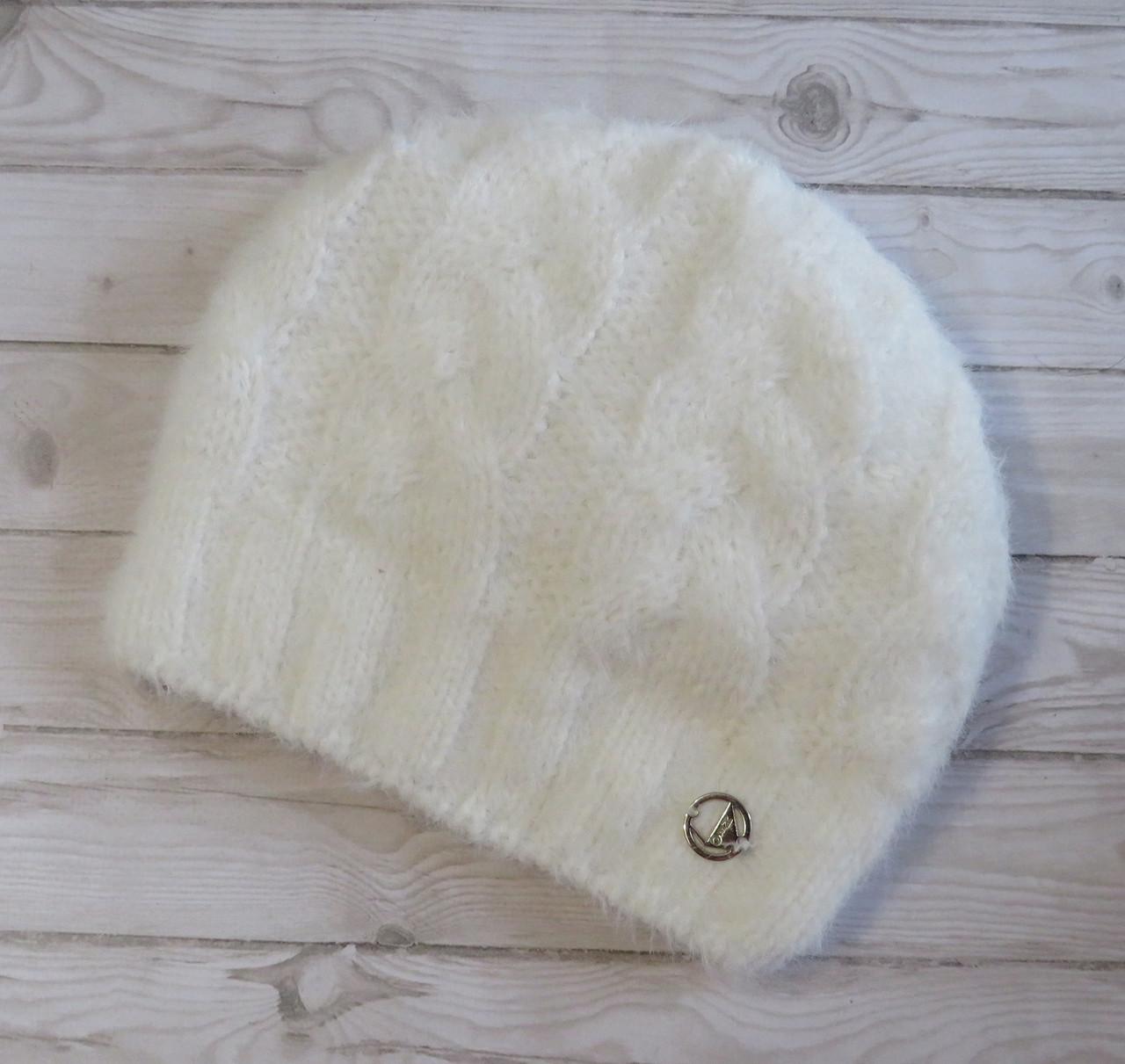 """Теплая женская вязаная шапка на зиму с пряжи типа """"альпака"""", молочная"""