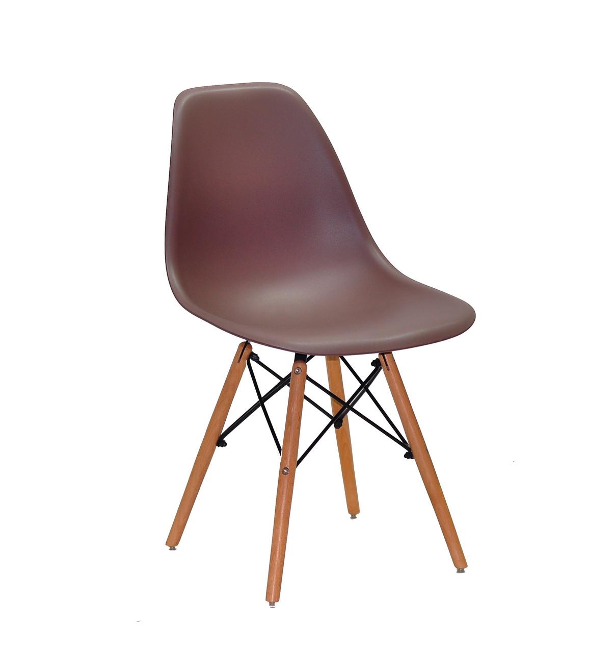 Пластиковый стул Nik NEW (Ник Н) коричневый 90 на деревянных ножках