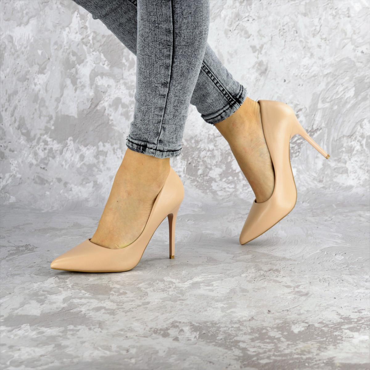 Туфли женские на каблуке бежевые Fleetwood 2367 (36 размер)