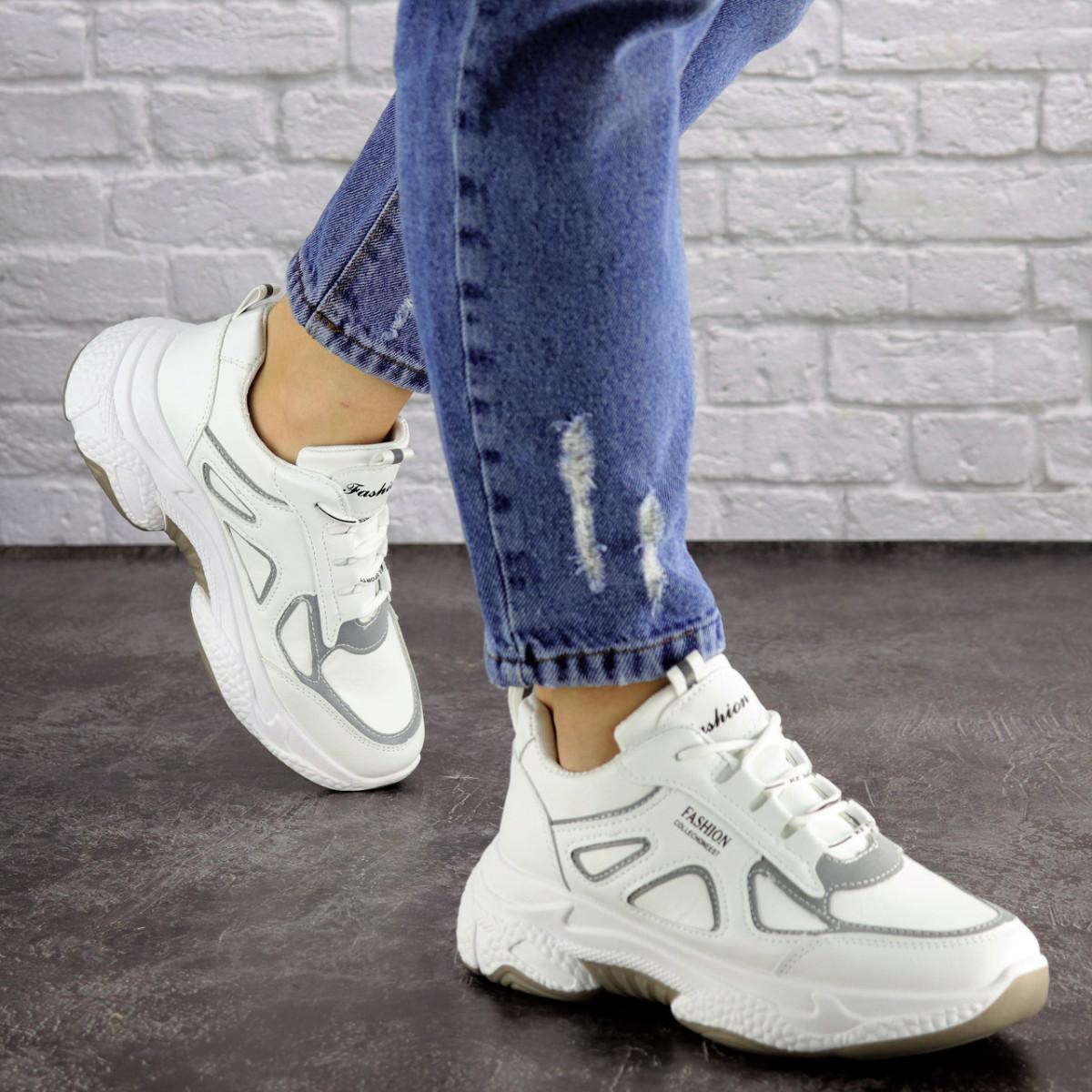 Женские белые кроссовки Yandy 1682 (36 размер)