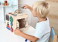 """Бізікуб """"Busy"""" (розвиток мілкої моторики) для дітей від 1 року, розмір 200/200 мм"""
