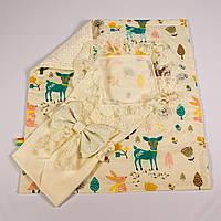 Конверт на выписку летний молочный с кружевом + плед лесные истории с молочным плюшем BabySoon 78х85см