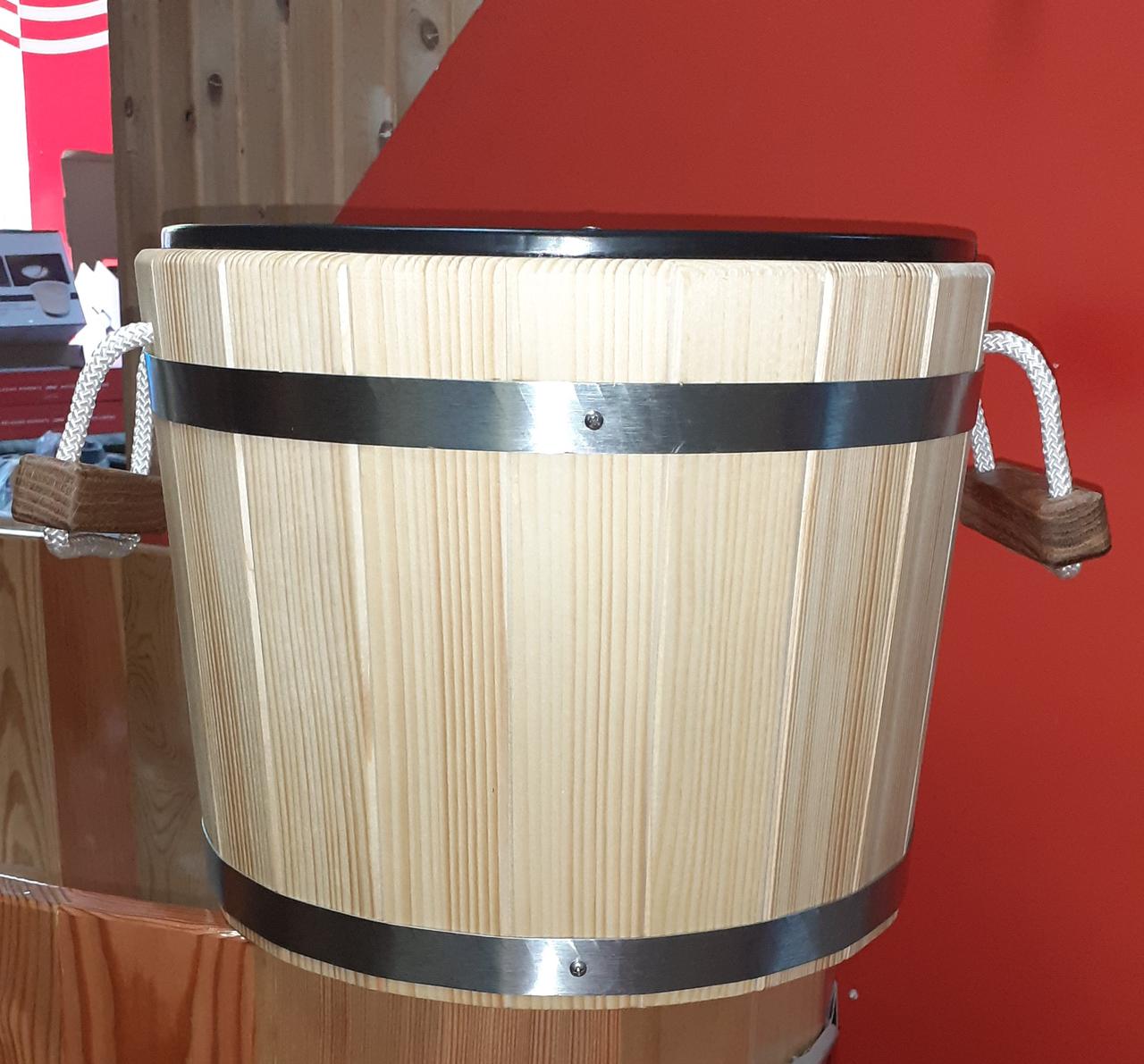 Ведро-запарник Bentwood на 20 литров для бани и сауны с пластиковой вставкой (смерека)