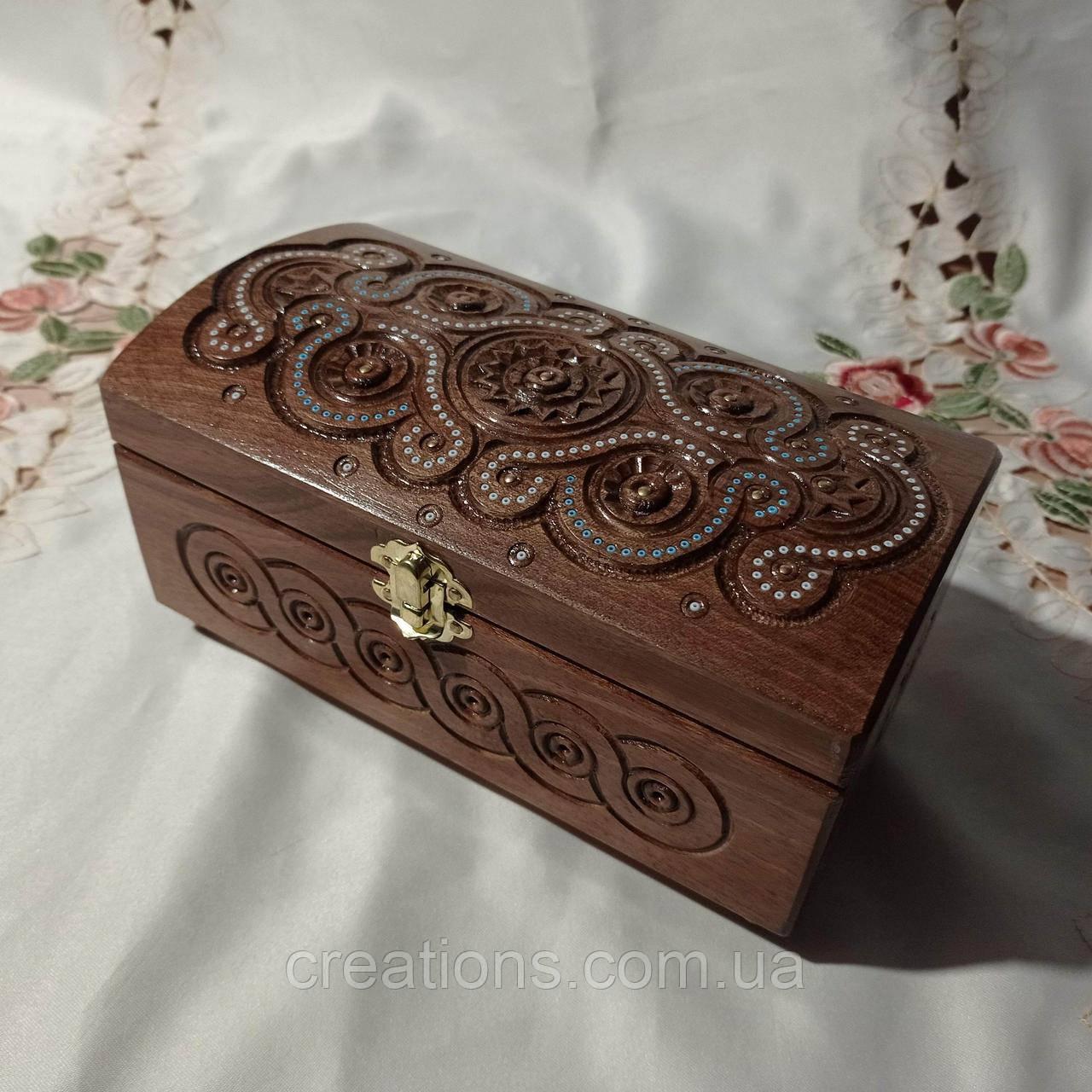 Резная деревянная шкатулка 21х11х11 см. для украшений из дерева, ручная работа