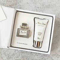Подарунковий жіночий набір духи (5 ml) + лосьйон для тіла (20 ml).(ліцензія ОАЕ)