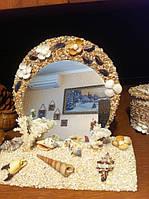 Зеркало в рамке  украшенная  морскими ракушками ручная работа