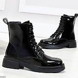 Модные черные глянцевые демисезонные женские ботинки на шнуровке, фото 6