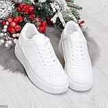 Удобные повседневные белые женские кроссовки кеды на шнуровке, фото 3
