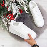 Удобные повседневные белые женские кроссовки кеды на шнуровке, фото 5