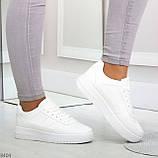 Удобные повседневные белые женские кроссовки кеды на шнуровке, фото 6