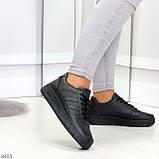 Удобные повседневные черные женские кроссовки кеды на шнуровке, фото 4
