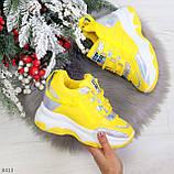 Дизайнерские желтые женские кроссовки сникерсы голограмма на шнуровке, фото 5
