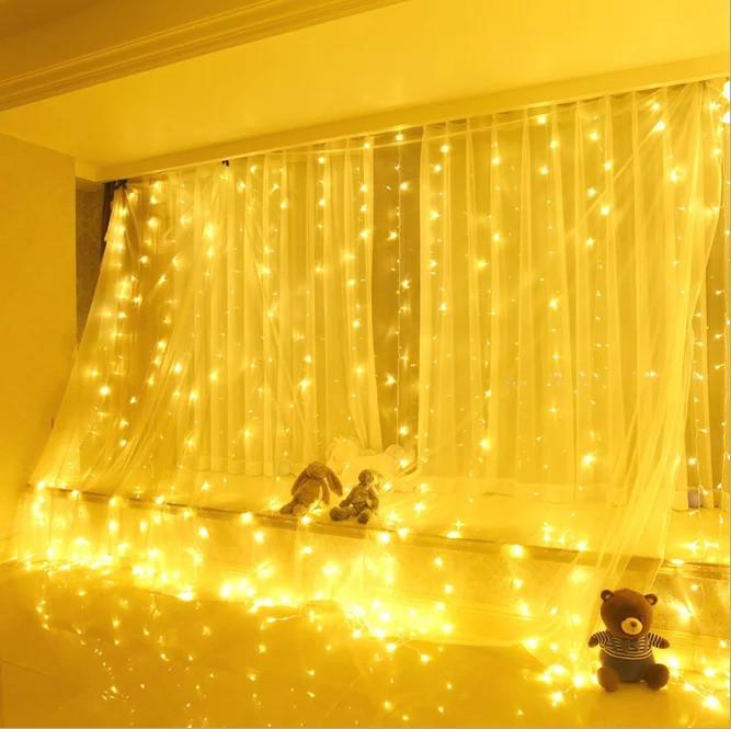 Светлодиодная гирлянда штора занвес 5х3 м 600 LED 220v Теплый белый