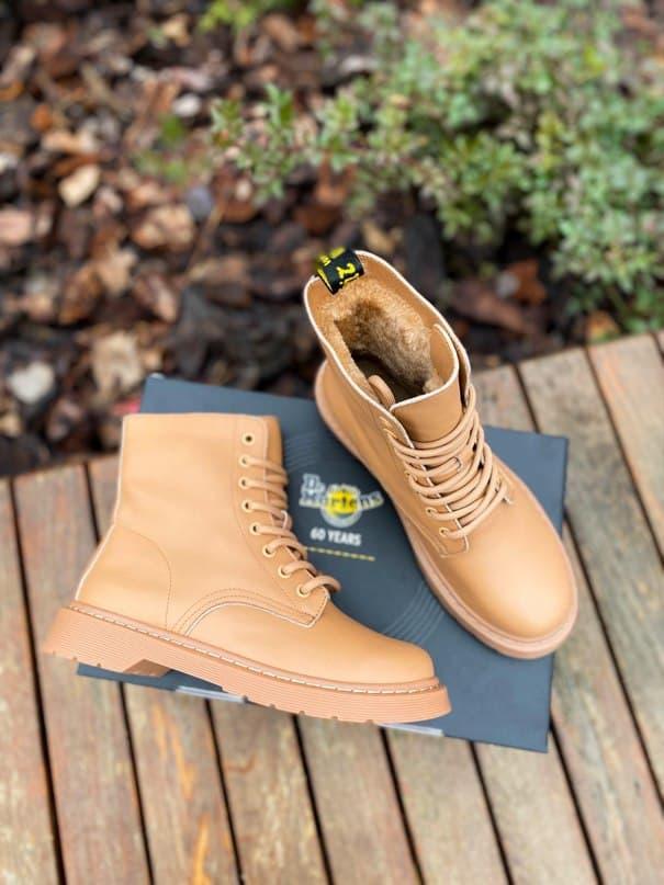 Женские ботинки Dr.Martens 1460 Beige Premium мех (копия)