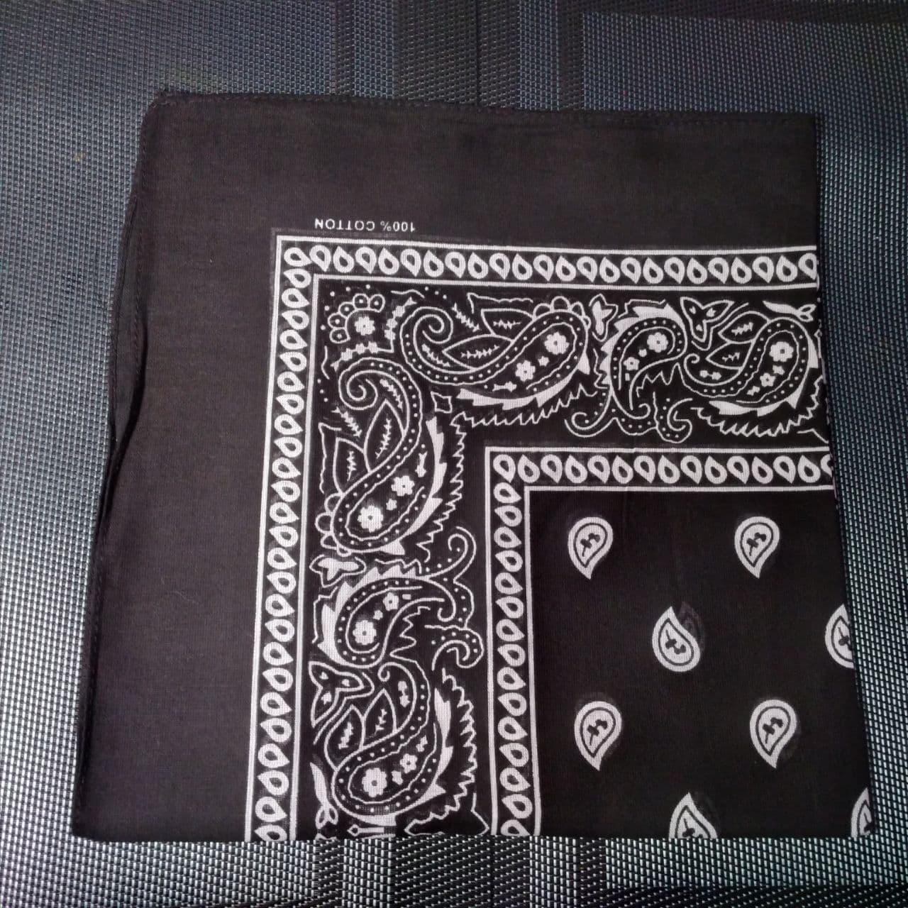 Бандана класична чорна 55х55 см