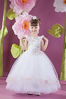 Детское платье с вышивкой и стразами