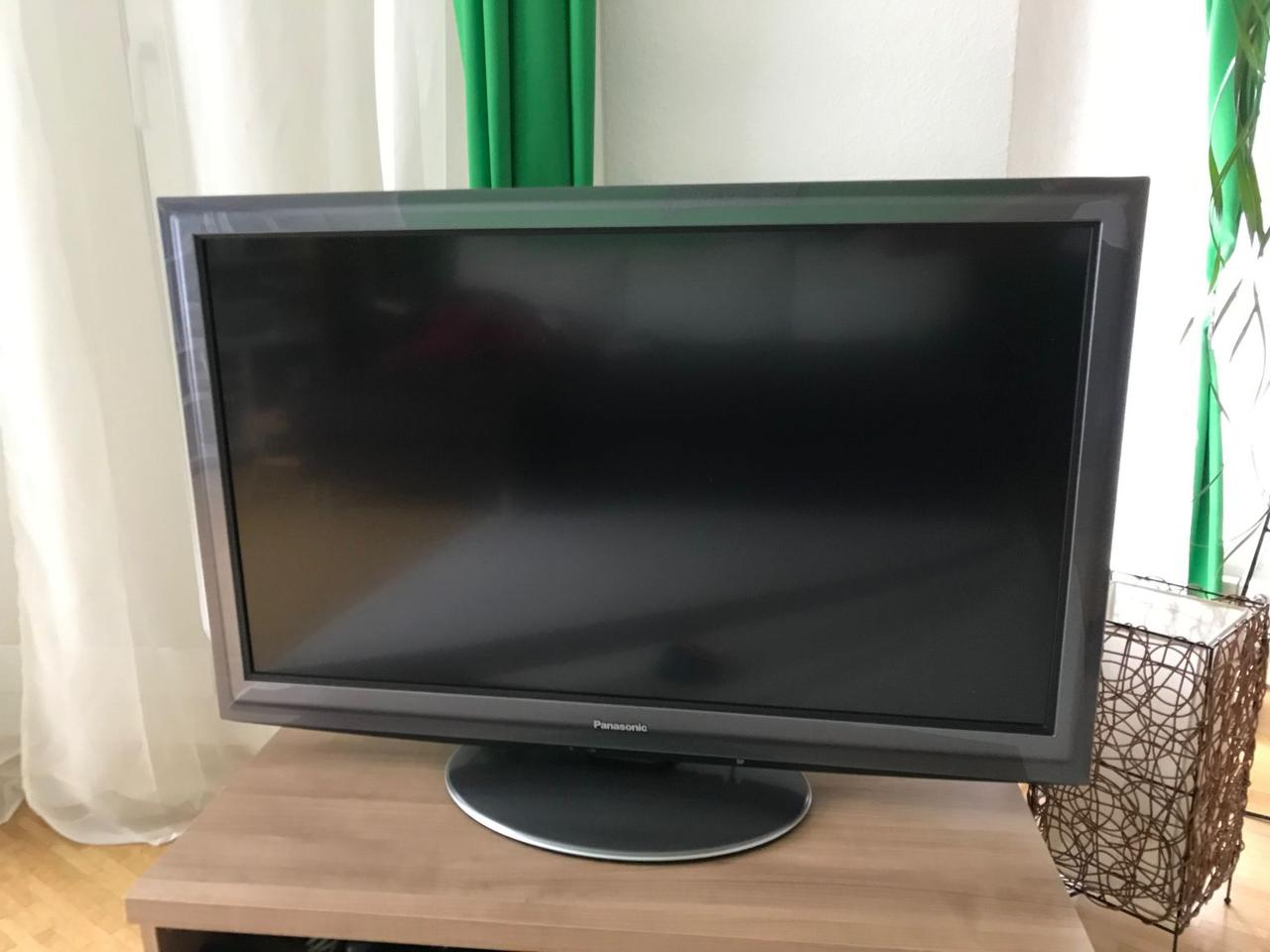 Телевизор, Panasonic TX-L42D25E , 42 дюйма