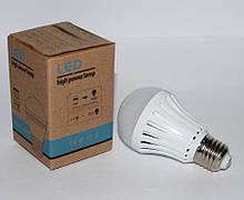 LED лампа с резервным питанием