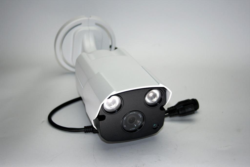 Камера зовнішнього спостереження з кріпленням IP (MHK-N9032-100W)
