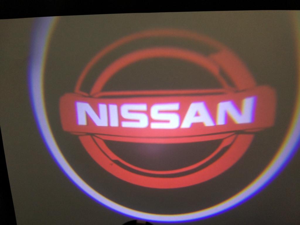 Підсвічування дверей врізна для Nissan