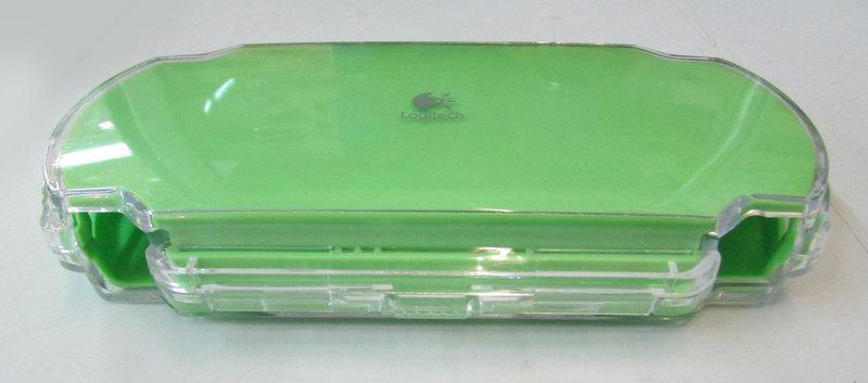 Кейс пластиковый PSP 1000 Fat,Logitech PlayGear Pocket зелёный, белый и желтый