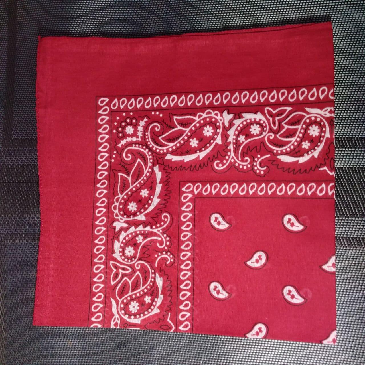Бандана классическая темно-красная 55х55 см
