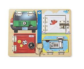Розвиваюча іграшка Melissa & Doug Дерев'яна дошка з засувками і блокуванням (MD19540) (код 95203)