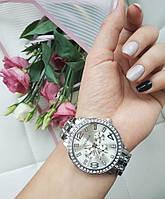 Женские кварцевые часы Geneva