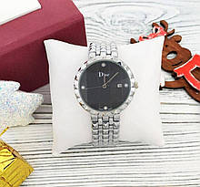 Женские кварцевые часы Dior