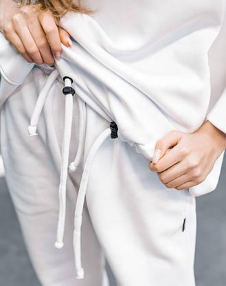 Штаны женские теплые на флисе зимние спортивные белые Oversize осенние весенние, фото 3