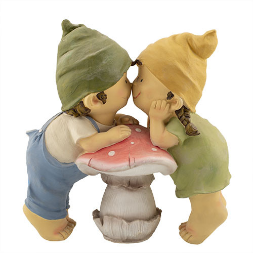 """Фигура """"Мальчик с девочкой на грибке"""""""