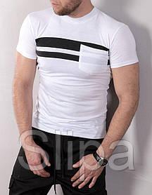 Белая футболка с контрастными серыми вставками
