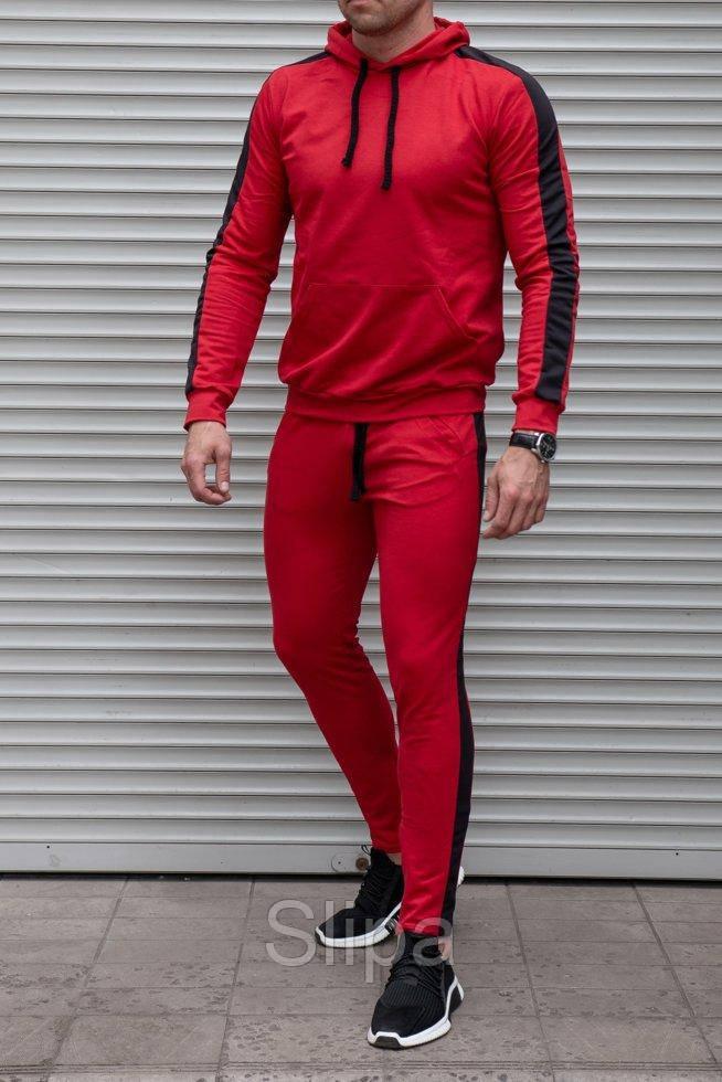 Костюм мужской спортивный красный с черным с лампасами , на штанах змейки