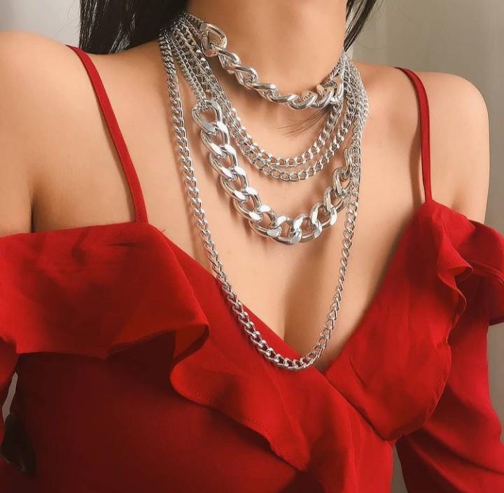 Многослойная цепочка на шею с кулоном ожерелье колье