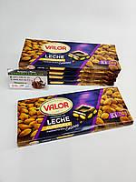 Шоколад Valor (Молочний з мигдалем)