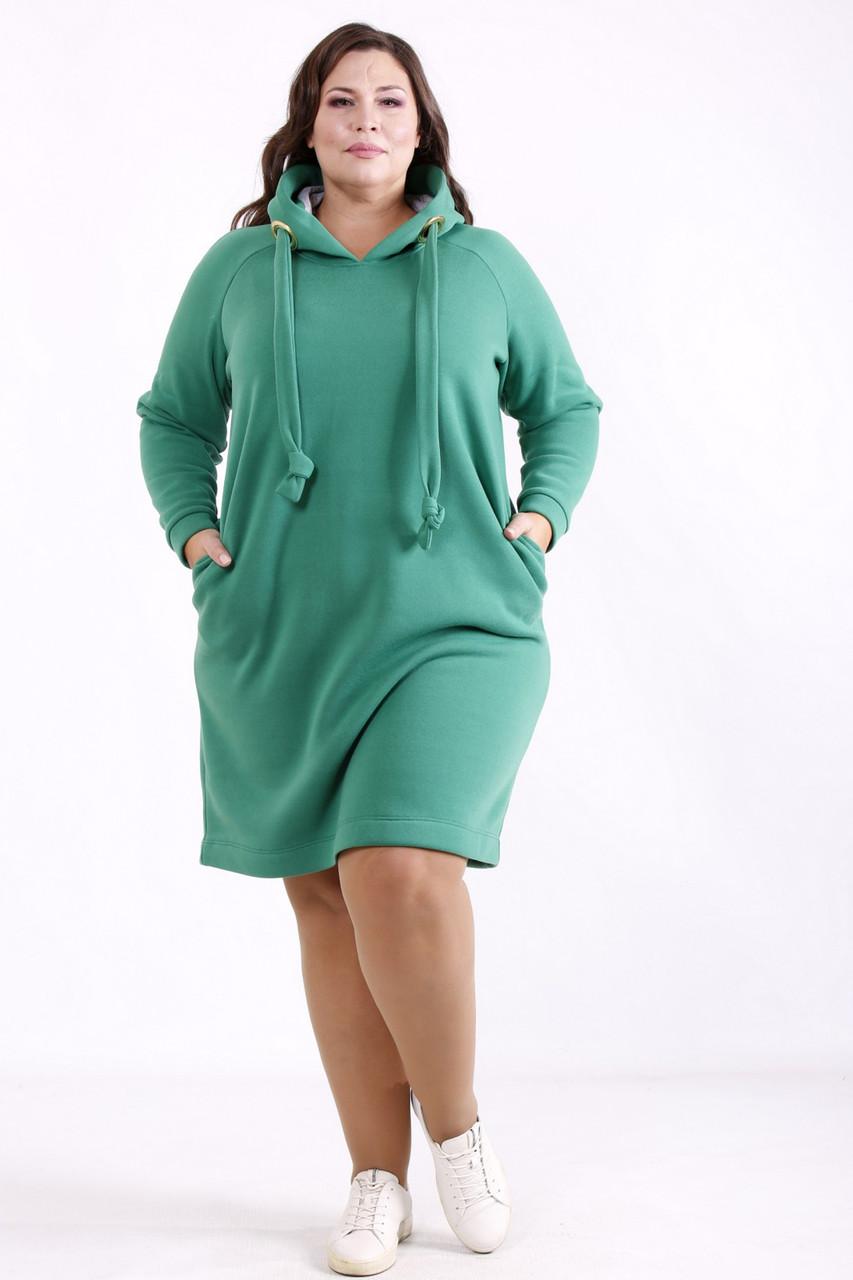 Теплое платье больших размеров спортивное с капюшоном зеленое