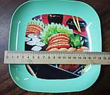 Пластикова тарілка з принтом, 18×18×2.5 див., фото 2