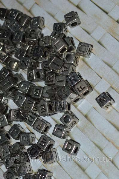 Намистина кубик алфавіт на сріблястому тлі від A до Z 6 мм
